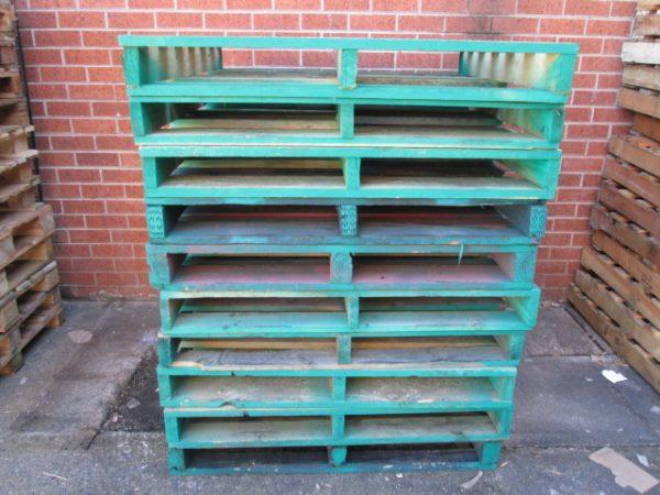 Pallets-Standard-Green - Standard-Pallet-Green-Stack